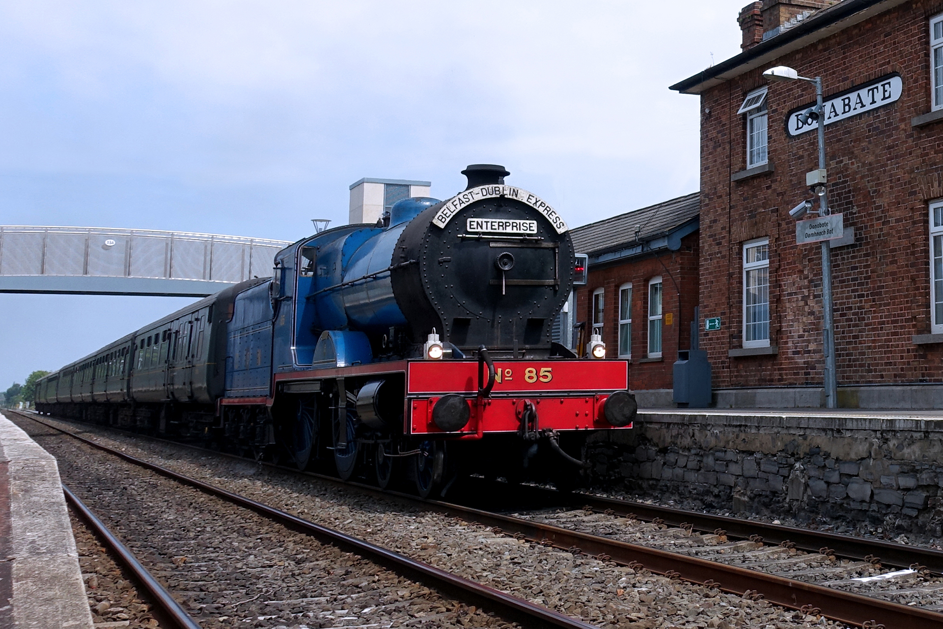 train waiting for departure in the donabate train station
